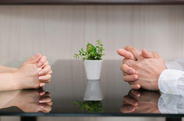 【夫婦】離婚はお金と仕事の確保が大前提!ハードルが低い人・高い人の特徴